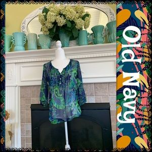 Old Navy top, size XS